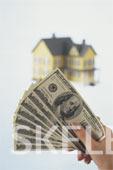 4% предлагают кредиты года